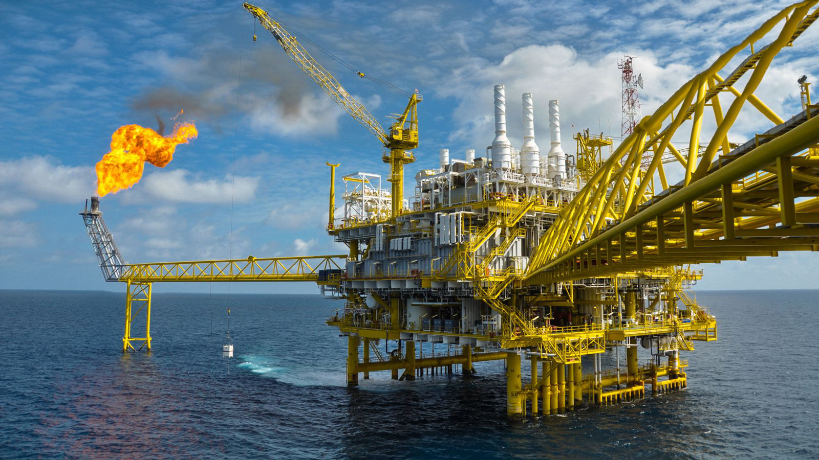 OIL RIG 1600 x 900